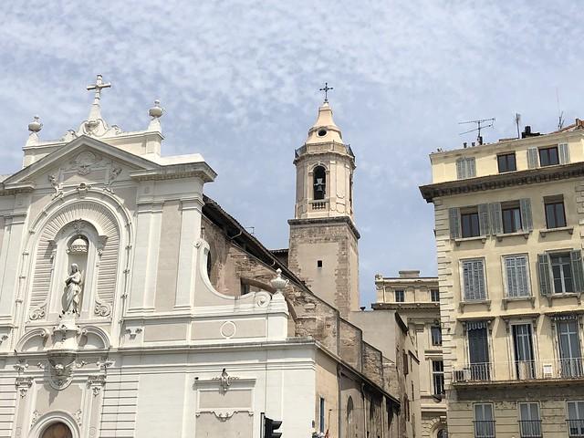 Detalle de las fachadas del vieux port en Marsella