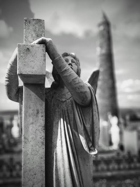 Ardmore Round Tower - Graveyard Statue