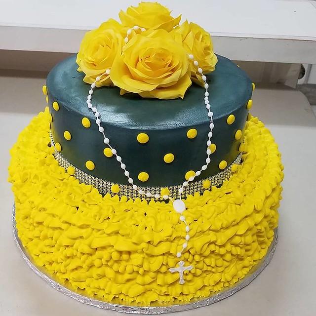 Cake by Pasteleria Plaza