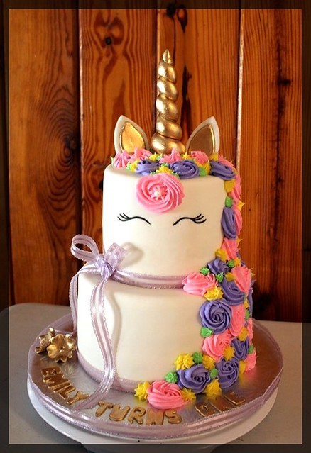 Cake by Miau Delicious Cakes and More