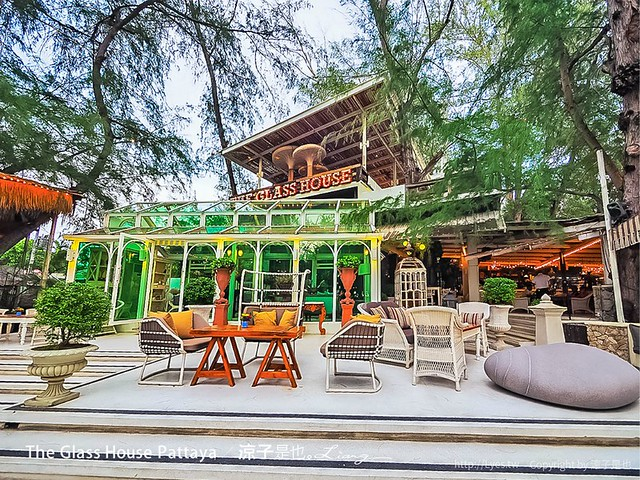 The Glass House Pattaya 31