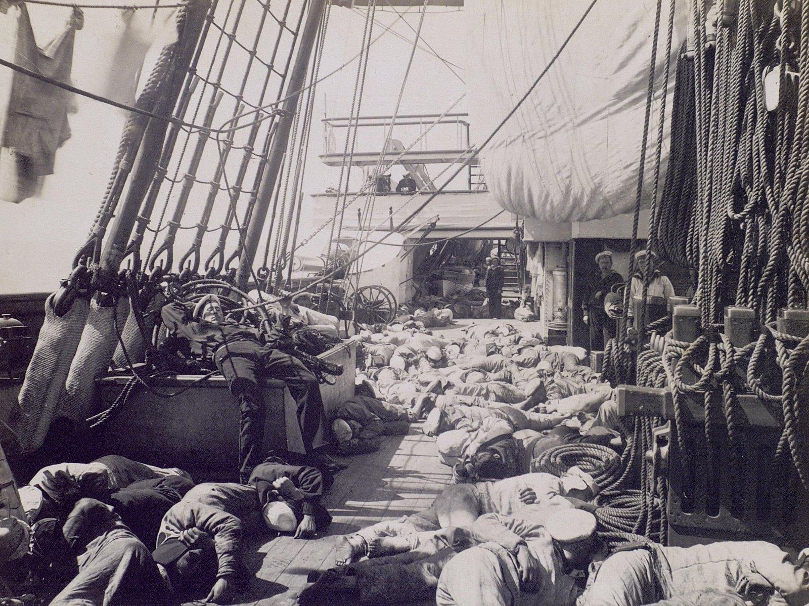 22. 1890. Сон команды на палубе фрегата  «Память Азова»
