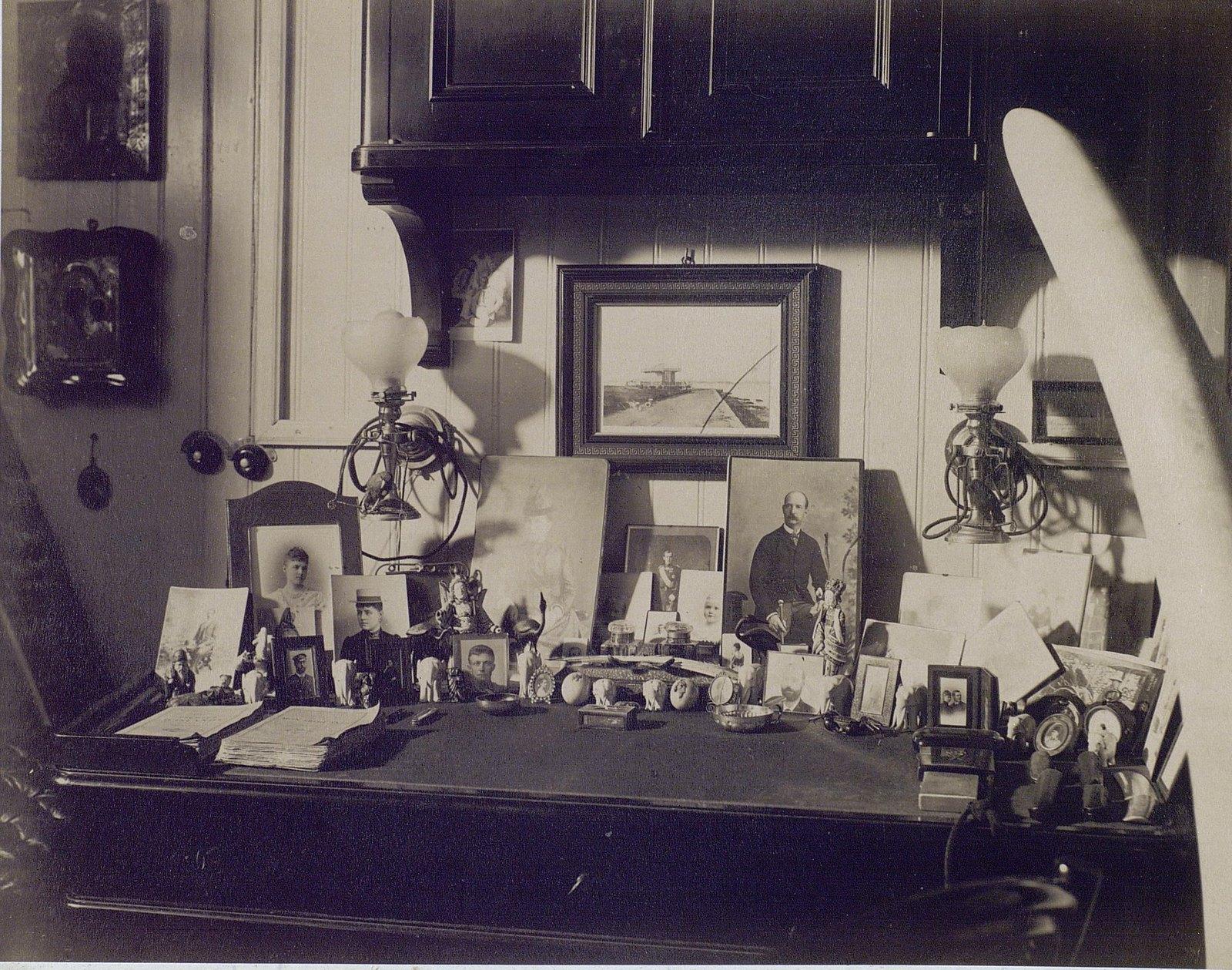 12. 1890. Кабинет принца Георга Греческого на фрегате «Память Азова». Греция