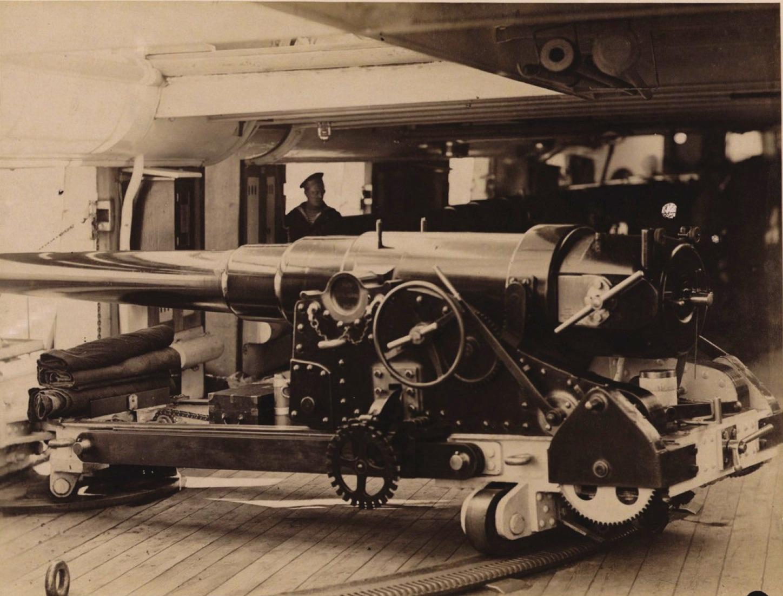 27. 1890. 152-мм орудие инженера Гюстава Канэ на броненосце Владимир Мономах