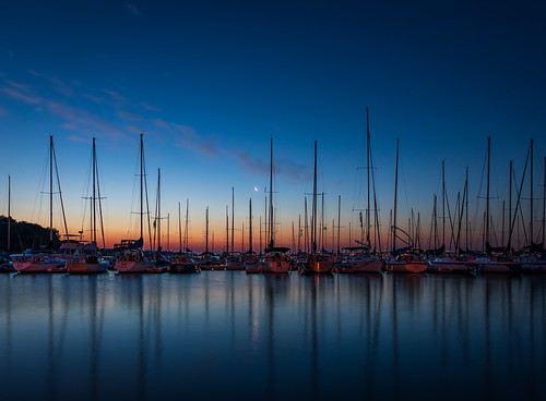 2019 boats burlington canon5dmarkiv lasallepark moon sailboats sky sunrise ontario canada imga4822 reflection