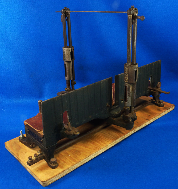 RD17205 Antique 1912 Stanley S.W. Sweetheart Miter Box No. 346 Frame No. 3 DSC01096