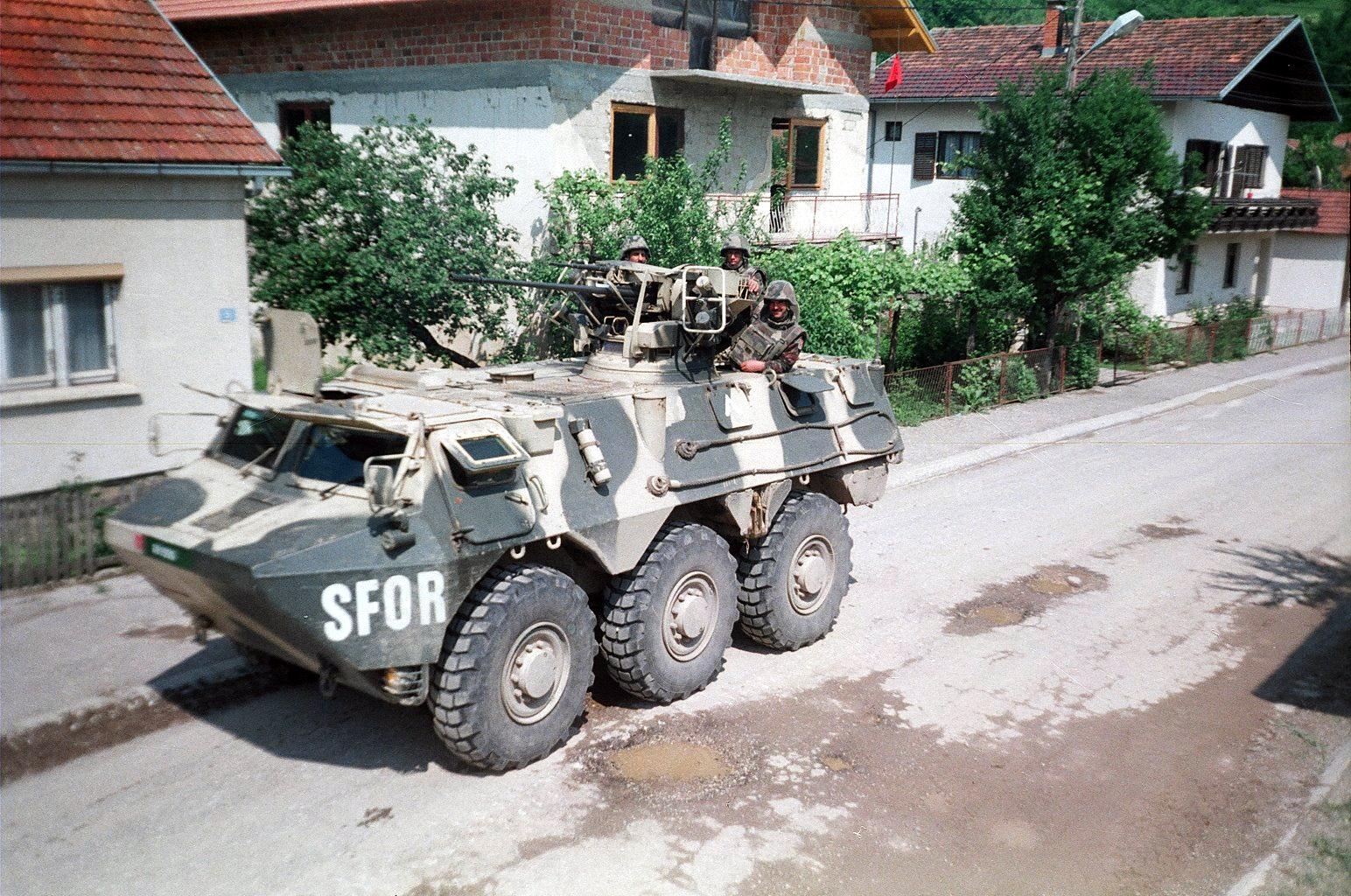 Les F.A.R. en Bosnie  IFOR, SFOR et EUFOR Althea 48193515841_053c0dee82_o