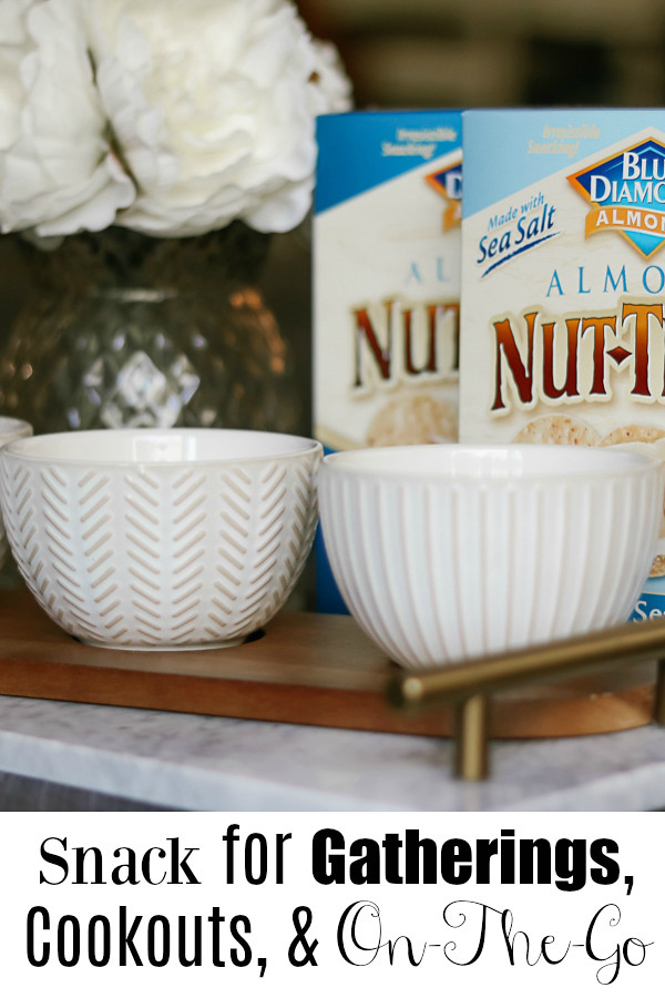 A Must Have Snack for Gatherings, Cookouts, and On-The-Go #BlueDiamond