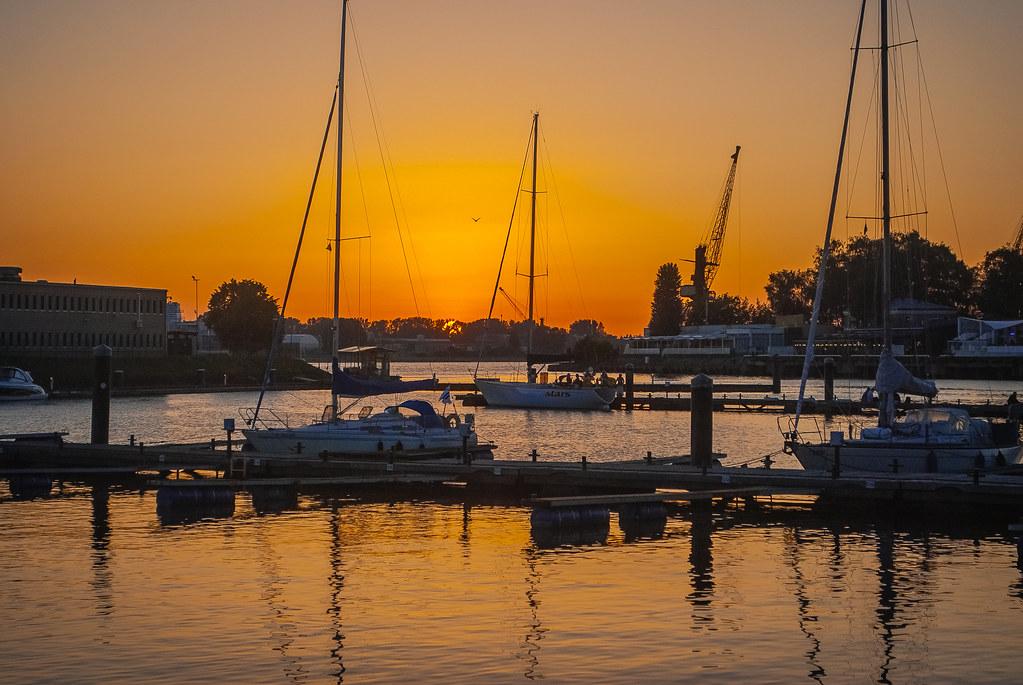Beautiful sunset scenic, superb photo! 22:13:09 DSC_3353