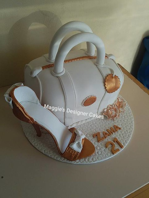 Cake by Maggie's Designer Cakes