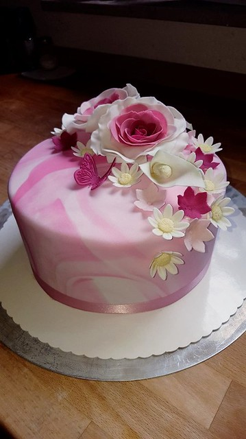 Cake by Sweet Dreams
