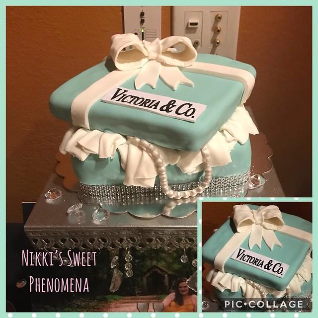 Cake by Nikki's Sweet Phenomena