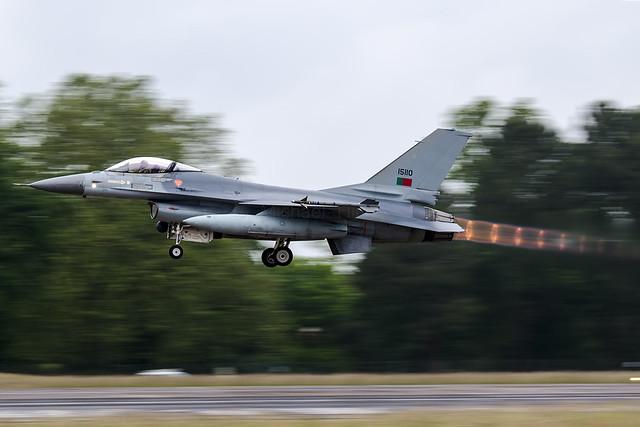 General Dynamics F-16AM Fighting Falcon 15110