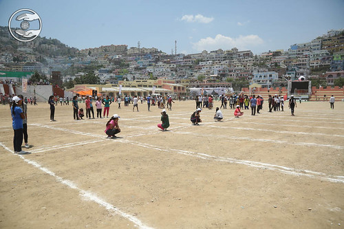 Devotees playing Kho-Kho