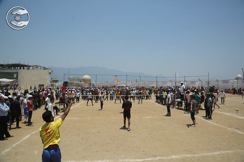Devotees playing Wally ball