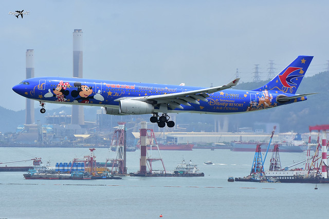 China Eastern Airlines Airbus A330-343 B-6507 (Shanghai Disney Resort livery).