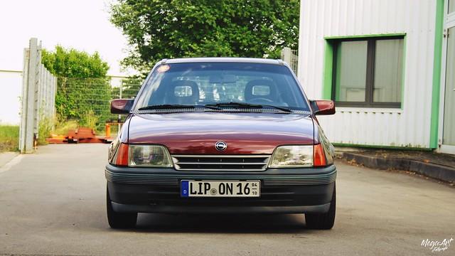 Opel Kadett E CC