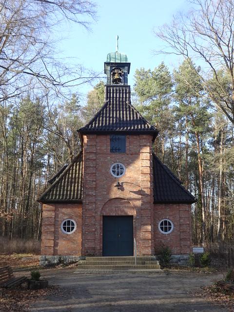 1910 Berlin evangelische Waldkapelle Zum anklopfenden Christus von Peter Jürgensen/Jürgen Bachmann Waldstraße 50 in 12589 Hessenwinkel