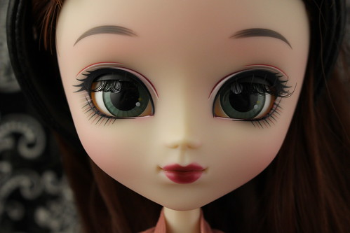 Pullip Yuhwa Partially Closed Eyes
