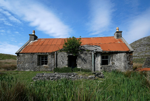 Abandoned croft Isle of Harris | by robertgshearer1