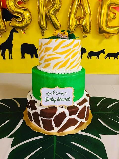 Cake by Yami Yums