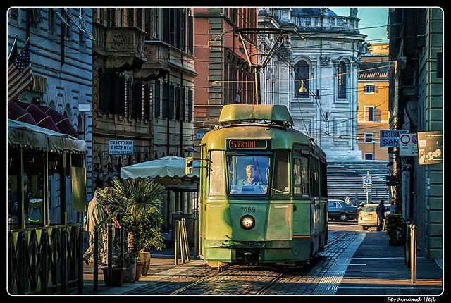 Roma_Via Giovanni Amendola_Italia