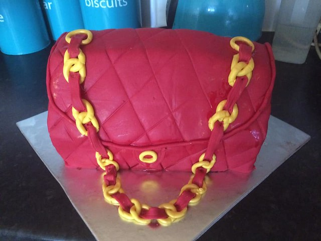 Handbag Cake by Noreen Meaney