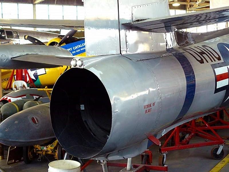 共和国的F-84Thunderjet4