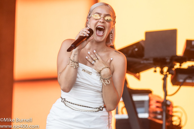 Anne Marie Glastonbury 2019 pic by Mike Burnell-8821