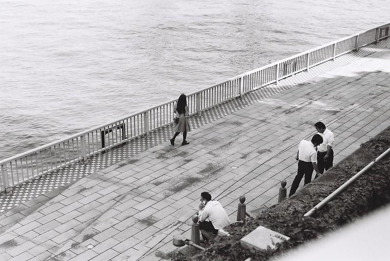 Leica M3+Carl Zeiss Planar50mm f2 0+FUJIFILM NEOPAN100 ACROS明石町明石大橋の麓