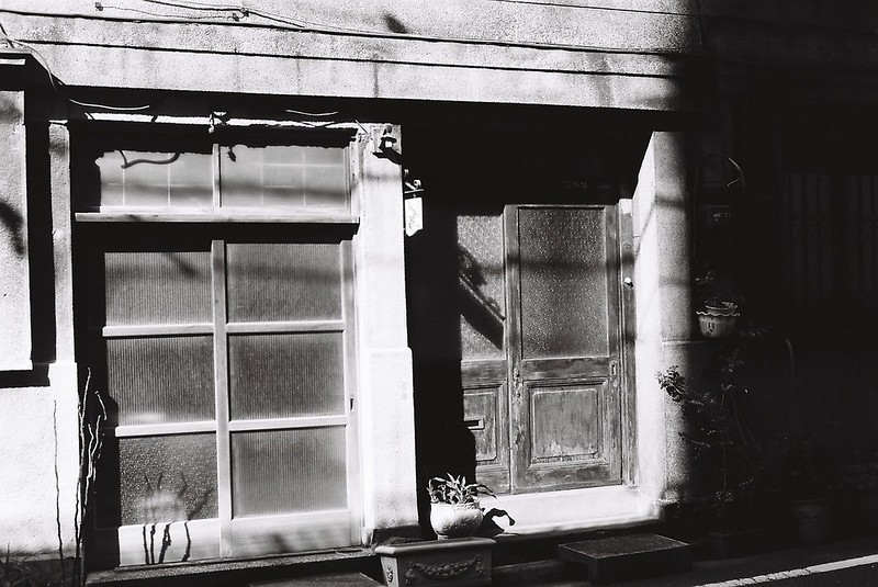 Leica M3+Carl Zeiss Planar50mm f2 0+FUJIFILM NEOPAN100 ACROS銀座一丁目