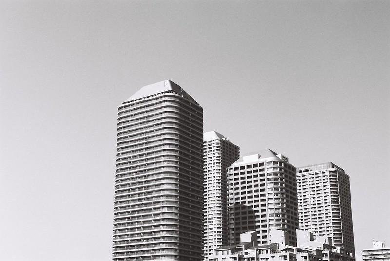 Leica M3+Carl Zeiss Planar50mm f2 0+FUJIFILM NEOPAN100 ACROS明石大橋から臨む佃島