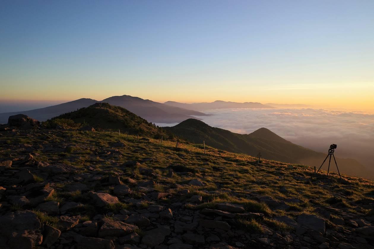 湯ノ丸山山頂からの四阿山