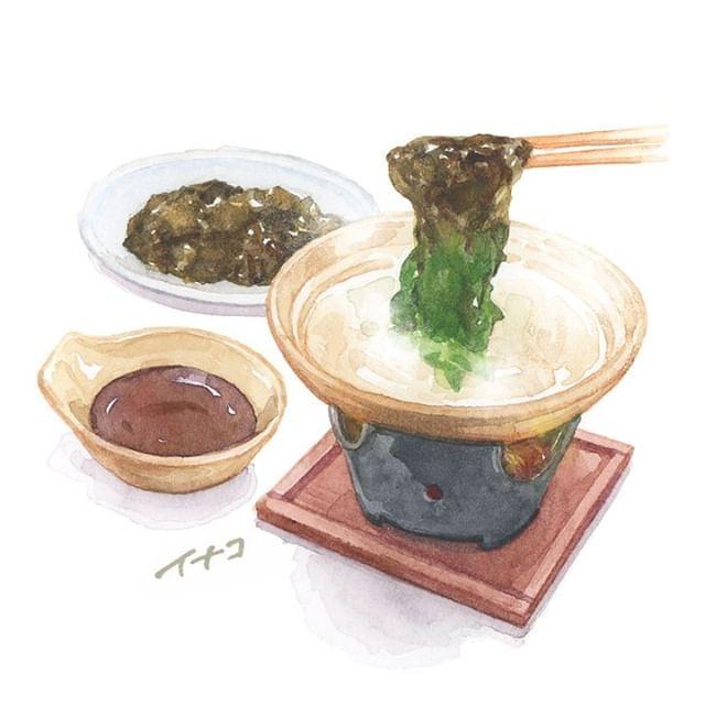 Wakame shabu-shabu (seaweed parboiled in hot...