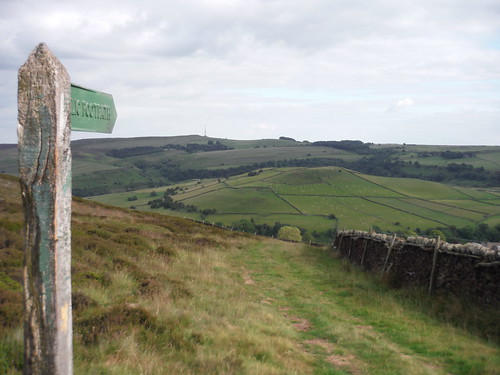 Abney Low, from Footpath Signpost on Abney Moor SWC Walk 343 - Hope to Hathersage or Bamford (via Castleton)