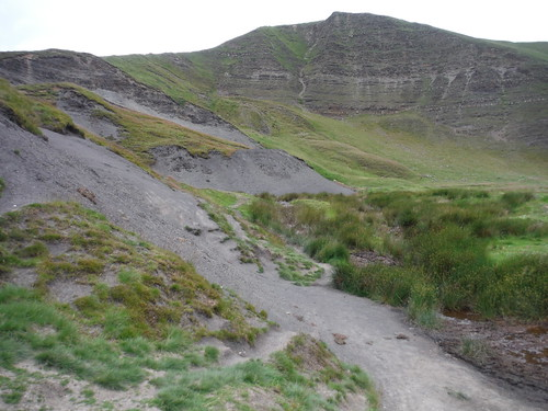 Mam Tor Landslip Area SWC Walk 343 - Hope to Hathersage or Bamford (via Castleton)