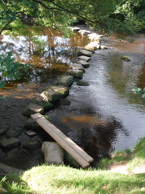 Stepping Stones: River Derwent SWC Walk 343 - Hope to Hathersage or Bamford (via Castleton)