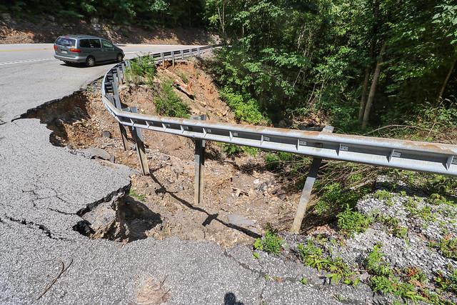 Highway 30 collapse, Van Buren County, Tennessee 1