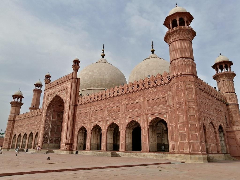 Badshahi Mosque Picture With Auto Mode