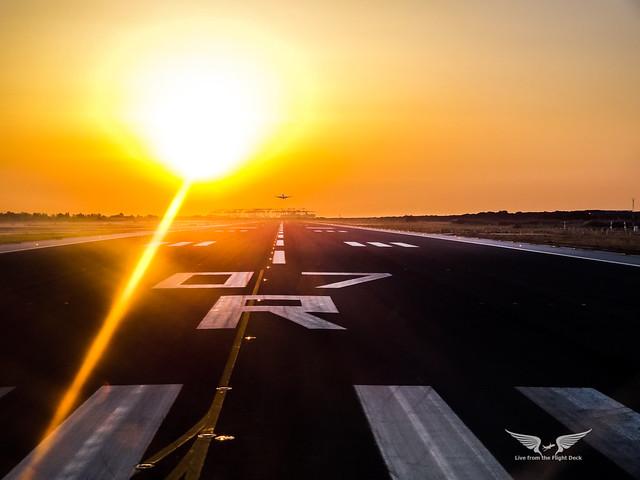 Barcelona Runway 07R at sunrise