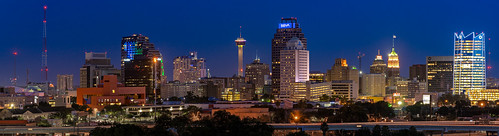 sanantonio tx skyline panorama towerofamericas grandhyatt towerlife centrallibrary drury tobincenterforperformingarts sunset dusk lightroom architecture cityscape buildings sony a7iii 85mm