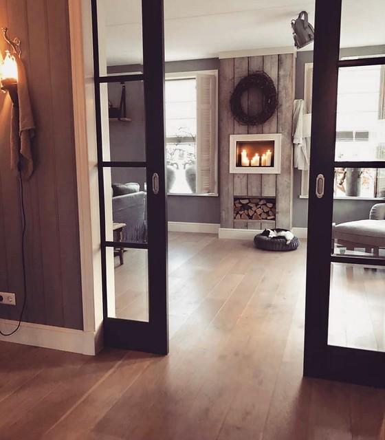 Zwarte en-suite deuren