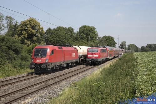 1016 018 . ÖBB . 42554 . 111 054 DB . RE 10421 . Hofstadt , Herzogenrath . 05.07.19.