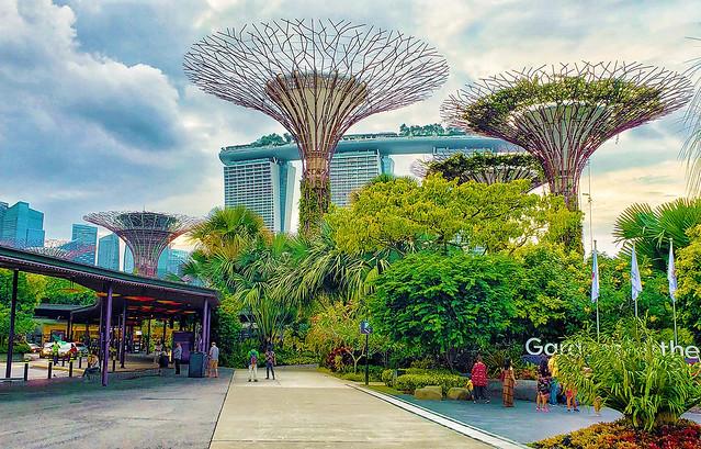 Fantástico Carnaval em Singapura, Bali e Filipinas incluindo Dubai
