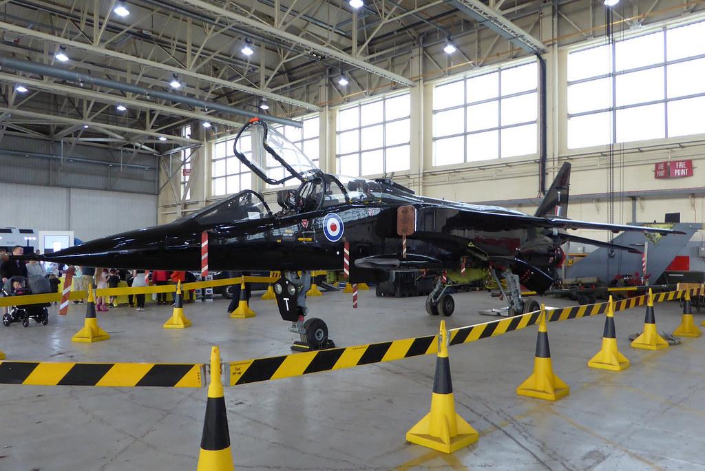 XX141 / T Sepecat Jaguar T2A cn B.6 RAF Cosford 09Jun19