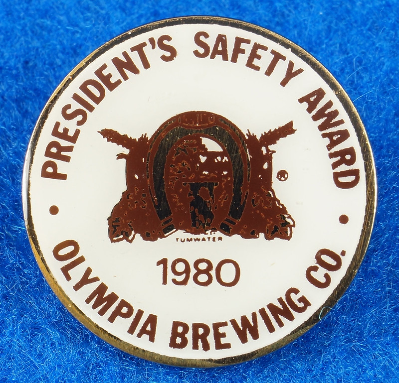 RD28215 Rare 1980 Olympia Beer Brewing Company Tumwater Plant Safety Pin DSC01115