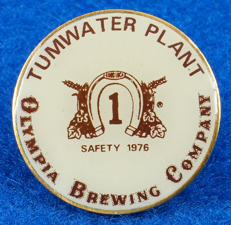 RD28214 Rare 1976 Olympia Beer Brewing Company Tumwater Plant Safety Pin DSC01122