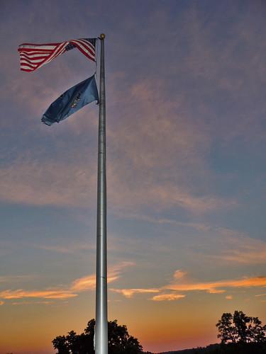 sunset colors sun american flag oldglory oak hollow park irwin north huntingdon westmoreland county pa pennsylvania laurelhighlands outside scenic scenery landscape georgeneat patriotportraits neatroadtrips clouds