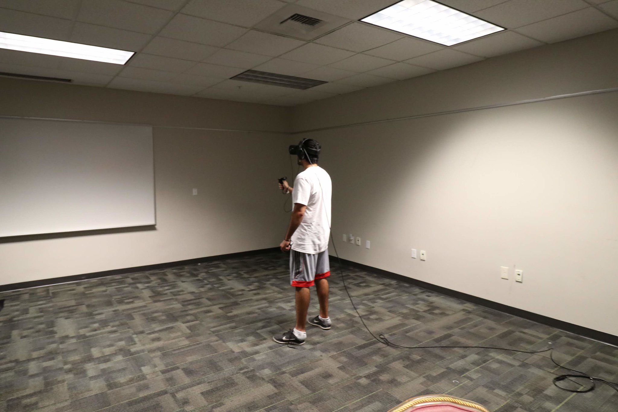 SMCS19vrroom