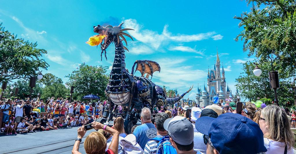 Festival of Fantasy dragon MK main street
